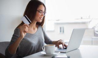 パソコンクレジット女性